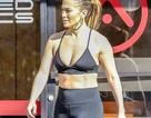Thân hình săn chắc đáng ngưỡng mộ của Jennifer Lopez
