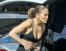 Jennifer Lopez khỏe đẹp đáng ngưỡng mộ