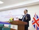 Bộ trưởng Nhà nước vương quốc Anh khuyên sinh viên Việt không nên chỉ học ở sách vở