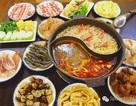 """Người Trung Quốc nổi giận khi khách Tây ví món lẩu truyền thống giống """"nước rửa bát thừa"""""""