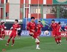 """HLV Park Hang Seo cho các cầu thủ tập """"bài lạ"""" chờ đấu Iraq"""