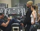 Jennifer Lopez khỏe khoắn đi tập gym cùng bạn trai