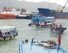 Cứu sống 3 du khách trẻ bị chìm tàu trên Vịnh Nha Trang