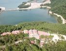 Vụ hàng loạt công trình trái phép trên vịnh Bái Tử Long: Sốt ruột chờ kết luận!