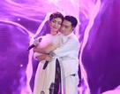 Sau vụ cháy sân khấu, Quang Hà tình tứ bên các nữ ca sỹ