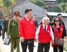 Người phụ nữ gần 90 tuổi vẫn miệt mài với những chuyến đi thiện nguyện