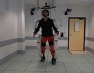 Công nghệ mới giúp người bị liệt điều khiển bộ giáp Exoskeleton bằng… trí não