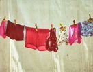 Bạn có đang giặt đồ lót sai cách?