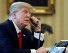 Mỗi lần ông Trump gọi điện là dàn trợ lý đứng ngồi không yên