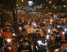 Giao thông gần cầu Sài Gòn hỗn loạn trong nhiều giờ đồng hồ