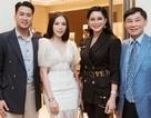 """Hot girl Linh Rin """"ra mắt"""" cha mẹ thiếu gia Phillip Nguyễn, chuyện vui đã rất gần?"""