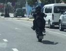 """Truy tìm thanh niên """"bốc đầu"""" xe máy trên đường phố Đà Nẵng"""