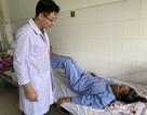 Bệnh nhân liệt hai chân đi lại sau điều trị ung thư di căn