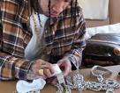 Rapper gốc Việt khoe vòng kim cương triệu đô