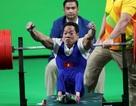 VĐV Lê Văn Công bán đấu giá HCV World Cup giúp hàng xóm chữa bệnh