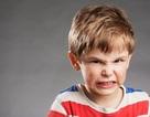 """Chuyện gì xảy ra đằng sau biểu hiện """"thích chống đối"""" của trẻ?"""