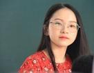 Cô giáo thực tập bất ngờ nổi tiếng với khuôn mặt trẻ như học sinh