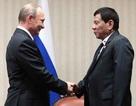 """Nga hứa giúp Philippines chế tạo vũ khí vô điều kiện, Manila """"ngập ngừng"""" hồi đáp"""