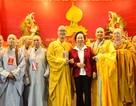 Học viện Phật giáo Việt Nam trao tặng Quỹ Khuyến học Việt Nam 100 triệu đồng