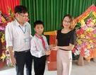 Nam sinh lớp 6 trả lại kỷ vật bằng vàng cho nữ cán bộ