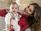 """Người đẹp Nga lần đầu lộ mặt con trai, nói giống cựu vương Malaysia """"như đúc"""""""