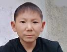 Chấn thương lạ khiến người đàn ông 34 tuổi mắc kẹt trong hình hài trẻ con