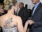 Scarlett Johansson liên tục khoe hình xăm khủng