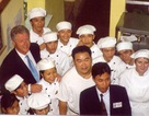 Nhà hàng Việt từng đón cựu Tổng thống Mỹ Bill Clinton lên báo nước ngoài