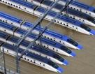 """Nhật Bản thẳng tay loại 10 tàu cao tốc Shinkansen """"bơi"""" trong nước lụt"""