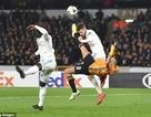 Chấn thương kinh hoàng của Andre Gomes tái diễn ở Europa League