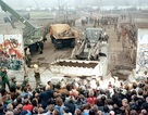 30 năm bức tường Berlin và dòng chảy lịch sử