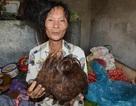 """""""Kỳ dị"""" người phụ nữ có mái tóc tự kết thành hình các con vật"""