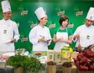 Vua đầu bếp Mỹ tặng quà đặc biệt cho Việt Nam