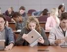 """Microsoft tiếp tục """"dìm hàng"""" máy tính bảng iPad trong quảng cáo mới"""