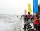 Tắm biển ngày Tết, 2 người chết đuối