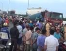 Xe mô tô va chạm với xe tải trên cầu Rạch Miễu, 1 người tử vong