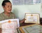 Bà lão 76 tuổi giữ bình yên cho xóm làng