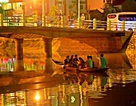 Sông Hoài lung linh ánh sáng về đêm