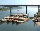 """Bắt giữ 8 tàu """"cát tặc"""" trên sông Thu Bồn"""