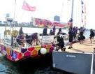 Người dân và du khách được tham quan thuyền buồm miễn phí