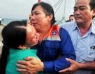 34 ngư dân bị đâm chìm tàu ở Hoàng Sa: Ngập nước mắt ngày trở về