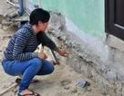 """Quảng Nam: Thi công dự án làm nứt móng nhà, """"nhùng nhằng"""" việc đền bù"""