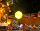 Hàng ngàn du khách đổ về Hội An chơi Trung thu