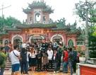 Hội An nhộn nhịp du khách nhân dịp được công nhận Di sản Văn hóa thế giới