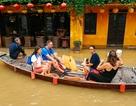 """Hội An """"khác lạ"""" trong mùa nước lụt"""