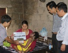 Quảng Trị: Trao hơn 85 triệu đồng đến em gái bị bệnh tật phá hủy gần hết khuôn mặt