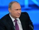 """Tổng thống Putin """"tố"""" phương Tây hiếu chiến, muốn xiềng xích """"gấu"""" Nga"""
