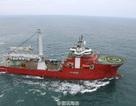 Trung Quốc ngang nhiên cắm cờ dưới đáy Biển Đông