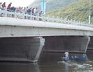 Nam sinh lớp 11 mất tích một ngày vì bị lật thuyền trên sông