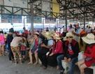 Hàng ngàn du khách tham quan Vịnh Nha Trang ngày đầu nghỉ lễ 30/4